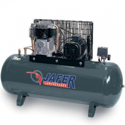 Compresor estacionario uniair fp300 5,5l 5,5 caballos 270 litros